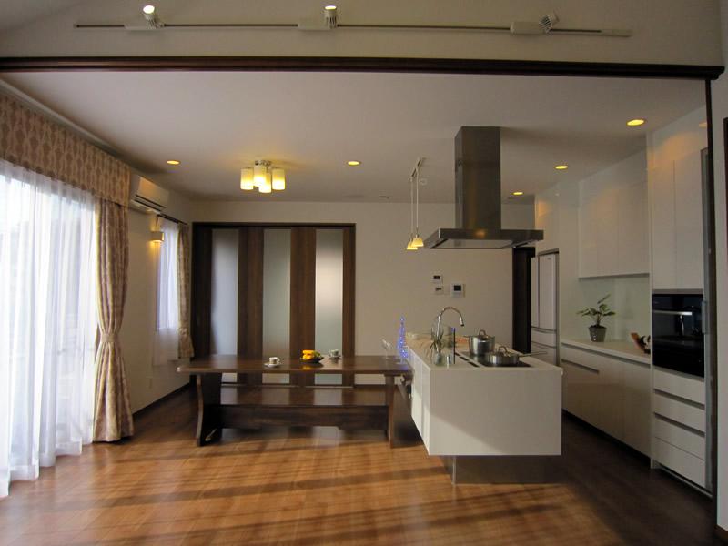 家族の絆を大事にした埼玉県川口市内の耐震住宅(二世帯住宅)