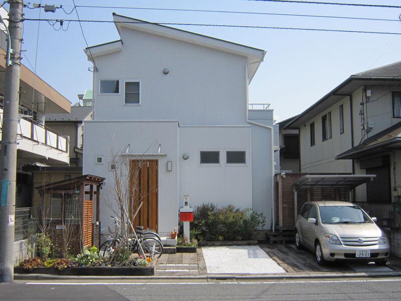 スタイリッシュな埼玉県さいたま市内の耐震住宅事例