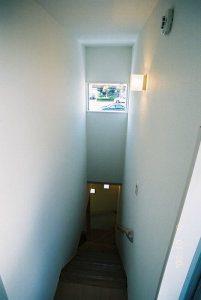 階段踊り場写真